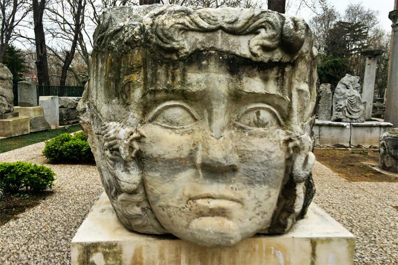 Roman cap stone