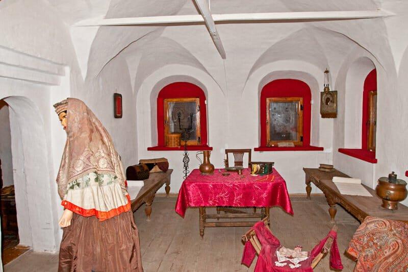 Sapozhnikov House interior - Mistres's room