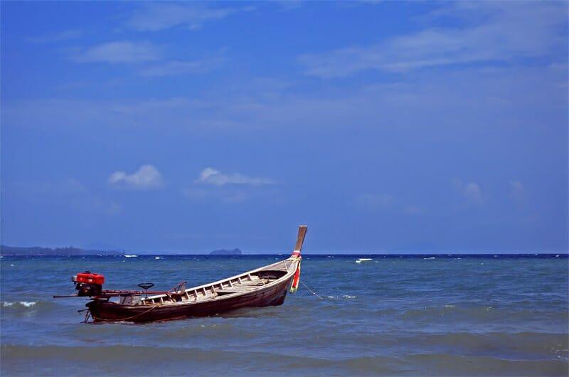 Long-tail boat