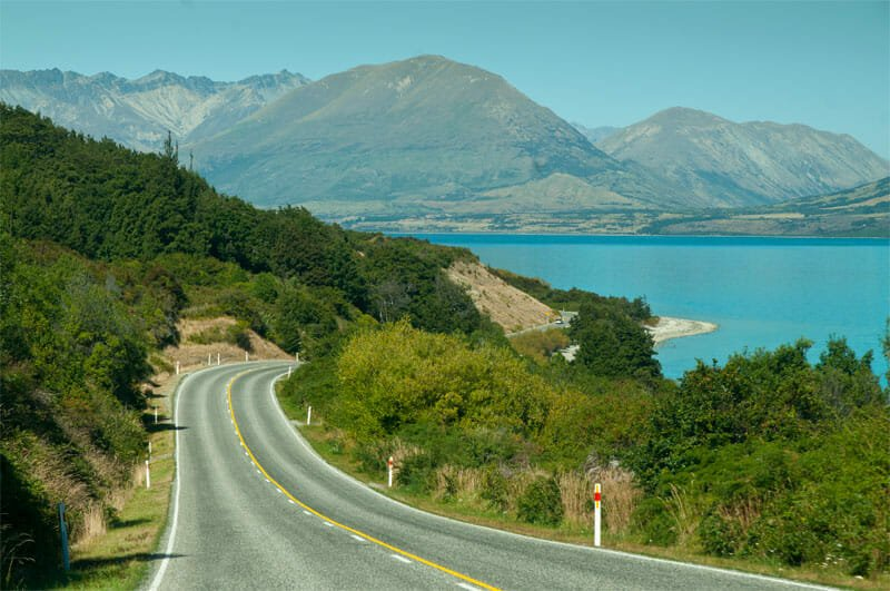 Road from Glenorchy to Queenstown