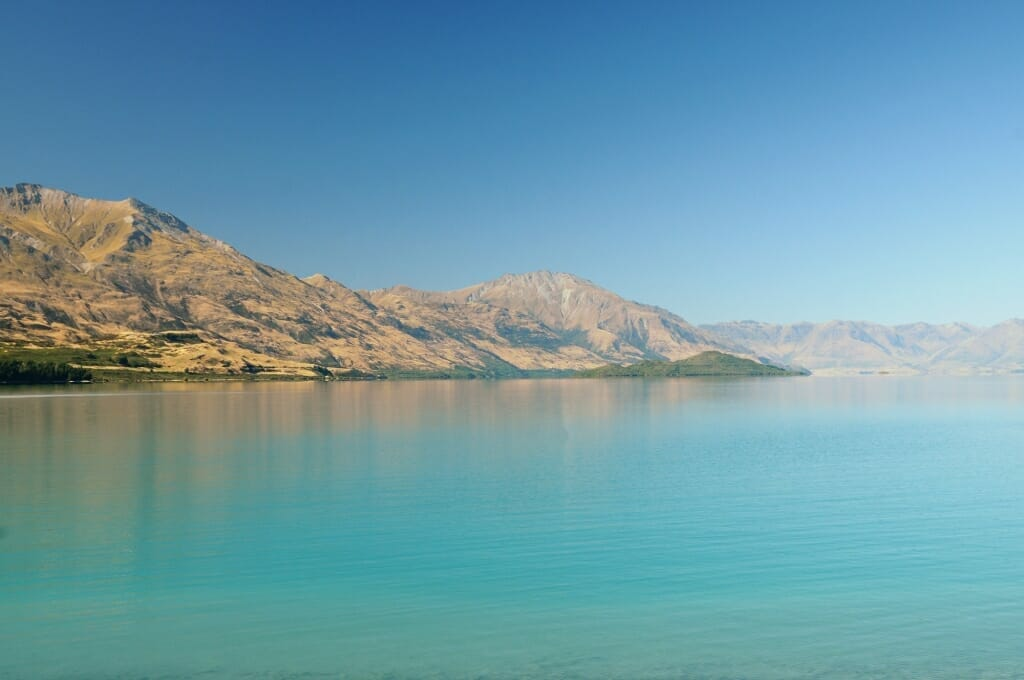 Glenorchy to Queenstown - Lake Wakatipu in morning light