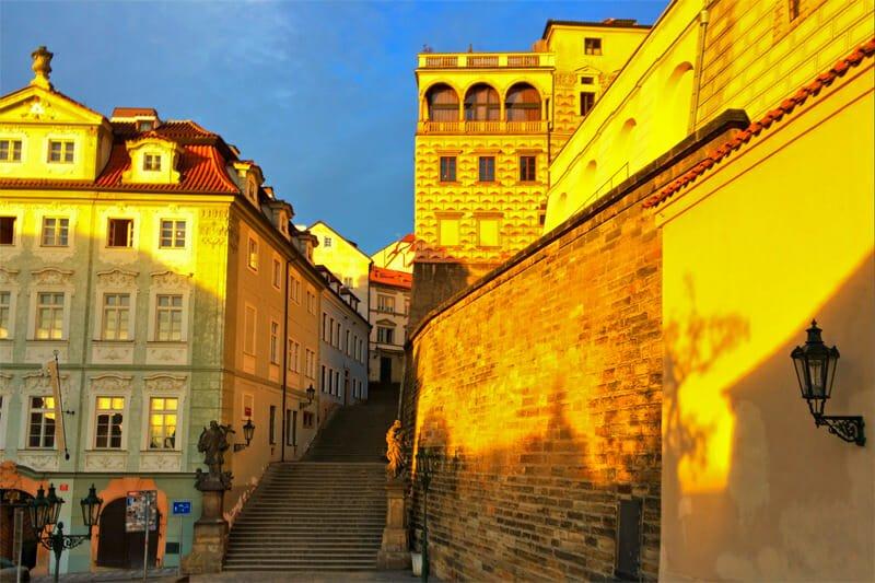 A weekend in Prague - Mala Strana under the rising sun