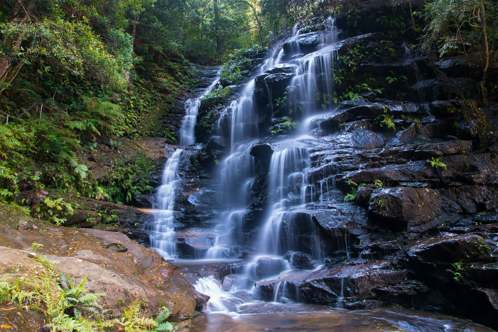 Blue Mountains waterfalls: Sylvia Falls in the Valley of the Waters