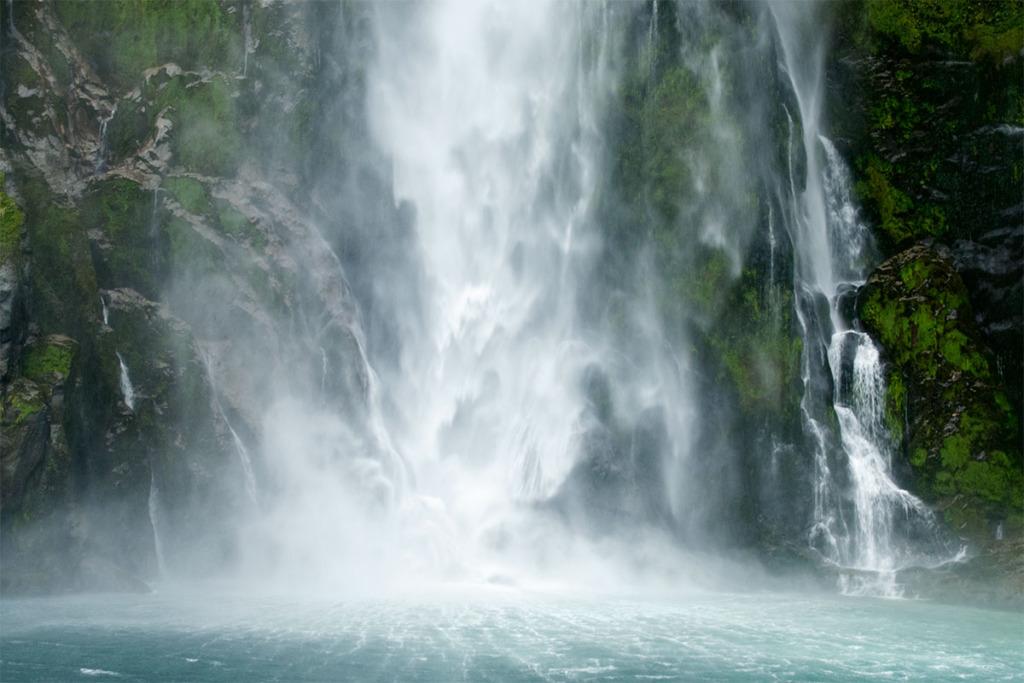 Milford Sound falls - Stirling falls