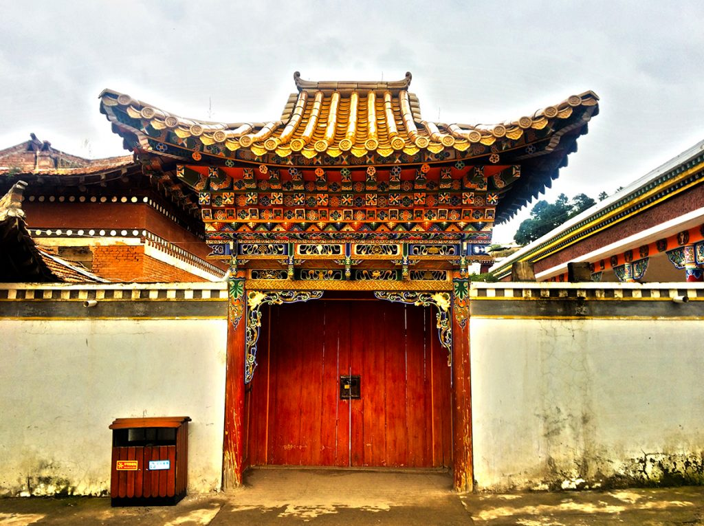 Tibetan temple doorway