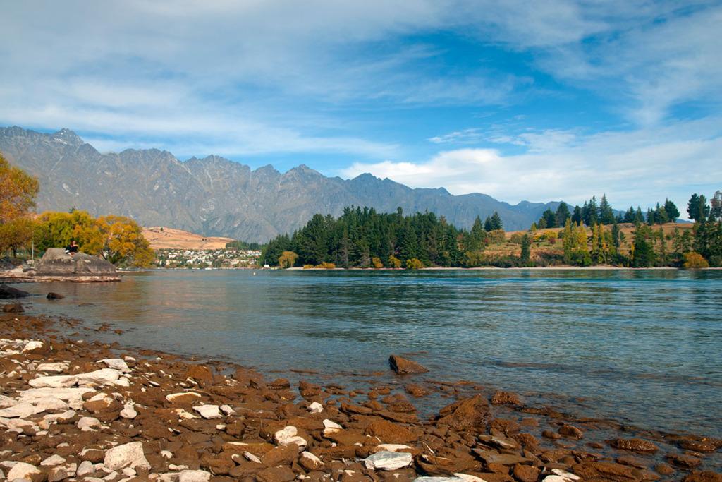 Lake Wakatipu New Zealand road trip