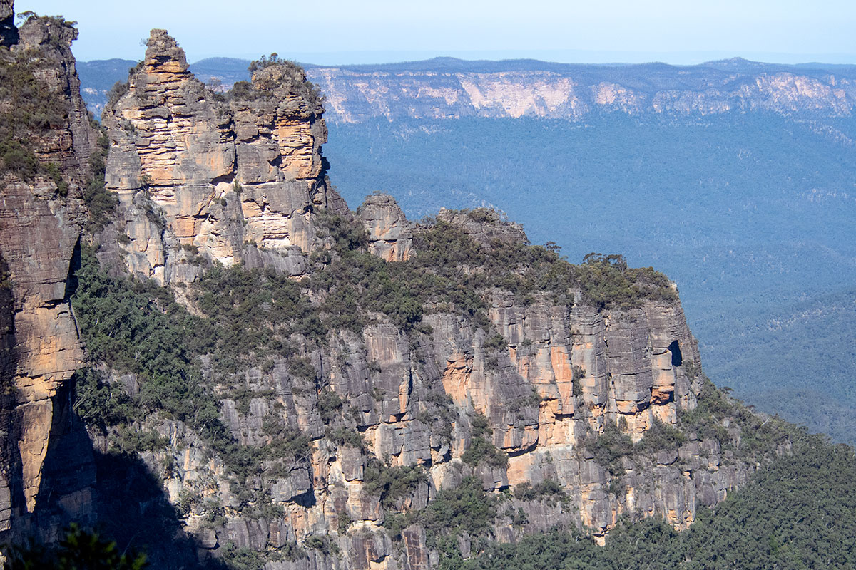 View of the Three Sisters along Prince Henry Cliff Walk