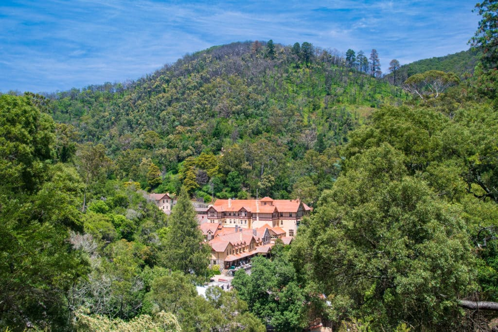 Blue Mountains Jenolan Caves House