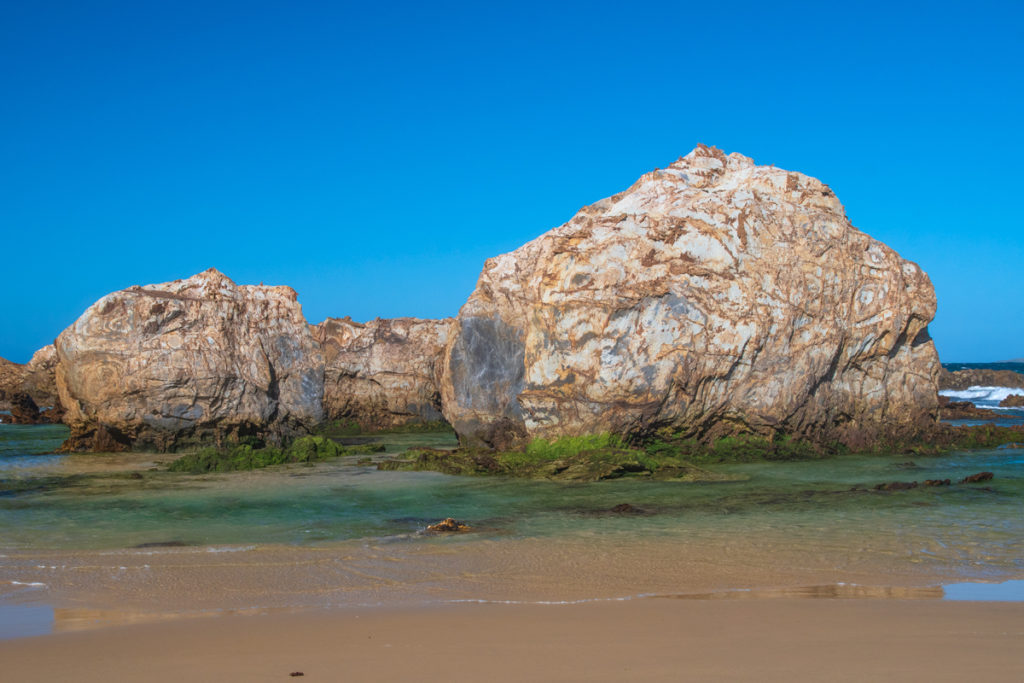 Rocks at the southern end of Narooma beach